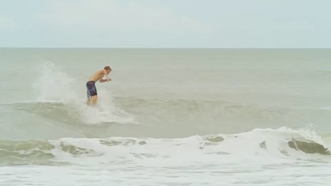 Insane Surfing, Wipeouts, Broken Boards and Contests - No Anchor
