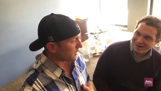 Cole Swindell talks about meeting Tim McGraw | Rare Country - Video