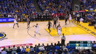 Stephen Curry Lights Up Spurs, Clowns Kawhi Leonard - Video