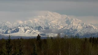 "Mount McKinley to be renamed ""Denali"" - Video"