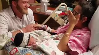Diaper change turns into surprise proposal - Video