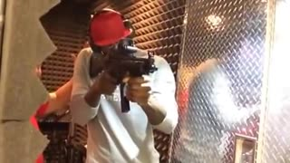 Lebron Shooting n MP5 - Video