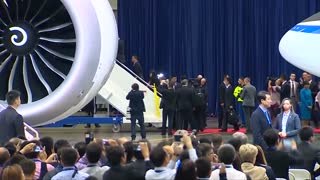 Xi visits U.S. Boeing factory - Video