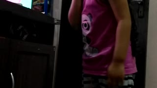 little girls who wanna be a princess! she is my daughter - Video