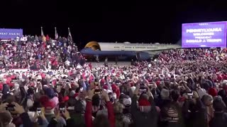 Hair Force One arrives at the Trump RALLY!!