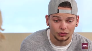 Kane Brown talks about his mother's love | Rare Country - Video