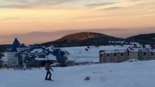 Collab copyright protection - snowboard beginner sunset fall fail - Video
