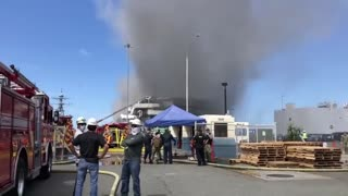 21 are injured by fire on US warship in San Diego