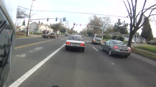 Driver Apologizes to Motorcyclist - Video