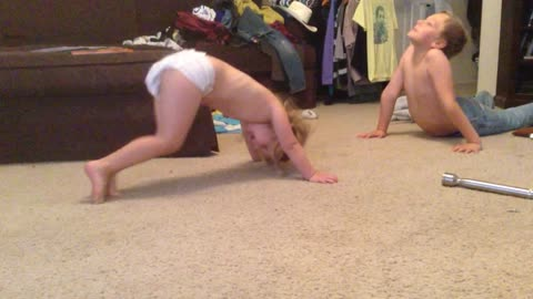 Little Sister Shows Big Brother How To Do Push Ups
