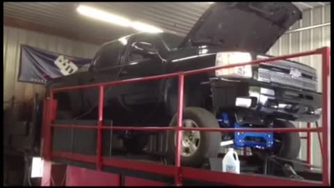Lifted Silverado Procharged 6.0 burnout