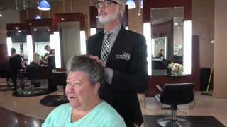 Grandma Gets A Makeover That Makes Her Feel Beautiful Again - Video