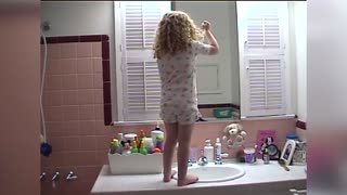 Little girl has the cutest daily affirmations - Video