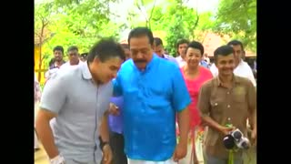 Ex-Sri Lanka president votes, seeks return to power - Video