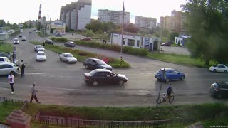 Car Crash in Serpukhov - Video