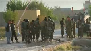 Afghan Taliban storm jail, release hundreds of prisoners - Video