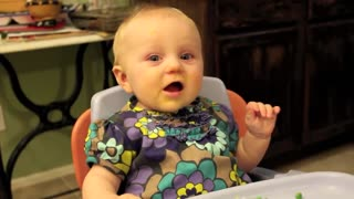 Cute baby raises hand to answer questions - Video