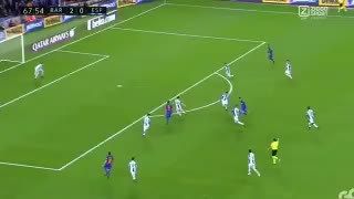 Leo Messi dribbles past 4 players vs Espanyol - Video