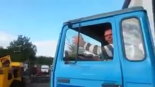 Funny truck prank in Germany - Video