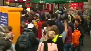 Chaos at Budapest train station