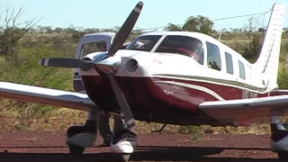 Live Propellor Nearly Kills A Pilot - Video