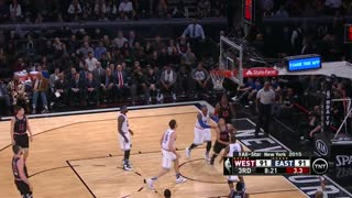 Lebron James makes it look easy! - Video