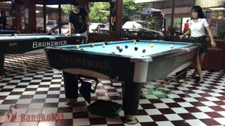 Players Pool Bar Sukhumvit Road, Bangkok - Video