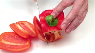 How to quickly cut a bell pepper