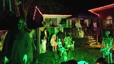 Spooky Haunted House Tour