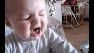 Baby gagging  - Video