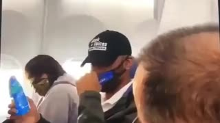 """Trump Supporter gets kicked off plane for """"not keeping mask on while eating"""""""