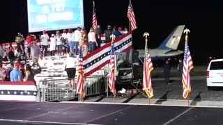 President Trump Finishing Up his 5th Rally in Florida Airforce One ROCKS!