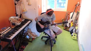 Incredible one man cover of 'The Last of Us' theme song - Video