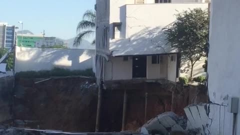 Whole House Collapses in Seconds