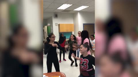 "Middle Schoolers in Bronx, New York, dancing to Drake's ""Kiki"""