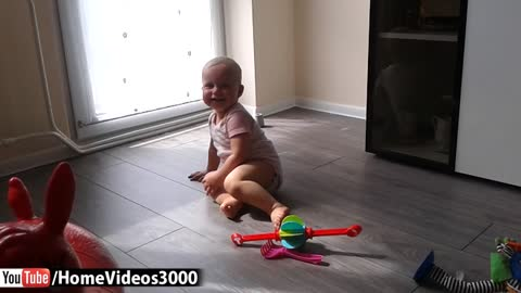 Baby shows off breakdancing moves