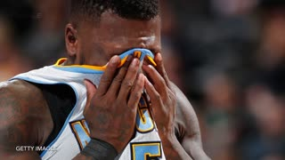 Nate Robinson CRAWLS Between Defender's Legs to Avoid Double-Team in NBA Comeback Attempt - Video