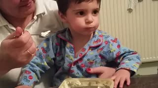 Kid just wants some ice cream  - Video