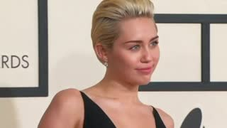 Miley Cyrus to host MTV Video Music Awards - Video