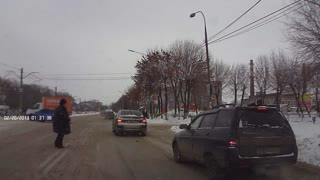 Drunk Driver Intervention in Russia - Video