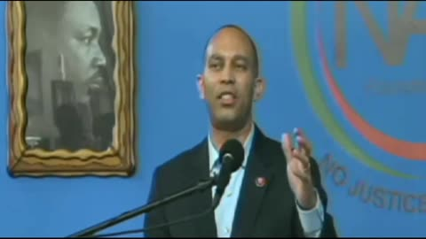 Rep Jeffries Calls POTUS A Grand Wizard At Sharpton's Conference
