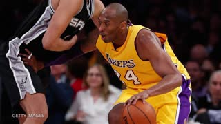 Kobe Bryant Gets Finger Popped Back in, Keeps Playing - Video
