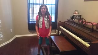 Little girl flawlessly covers classic Journey song - Video