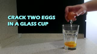 Three easy ways to cook eggs in the microwave - Video