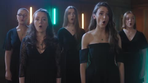 Auld Lang Syne sung by The Choral Scholars of University College Dublin