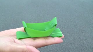 DIY: How to make a leaf boat basket - Video
