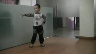 Babies with professional dance - Video