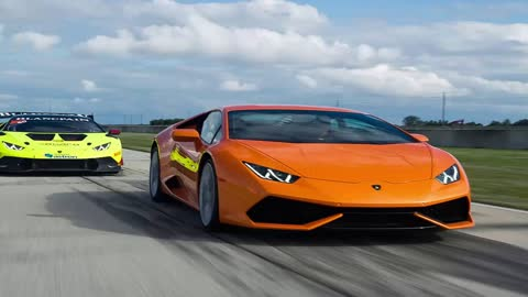 Lamborghini Track - Lamborghini Track Day and Randy Pobst Drives Three Huracáns #Auto_HDFr