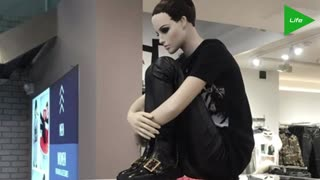 Shoppers react to sad-looking mannequins placed throughout mall - Video