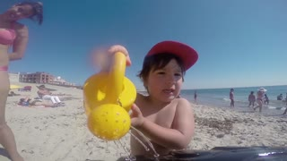 Happiness at the beach - Video